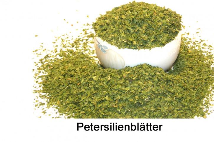 Petersilie gerebelt